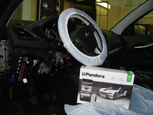 Установка автосигнализации Pandora с бесключевым автозапуском на Lada Vesta